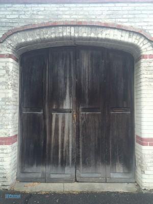 Before-restauration porte de garage